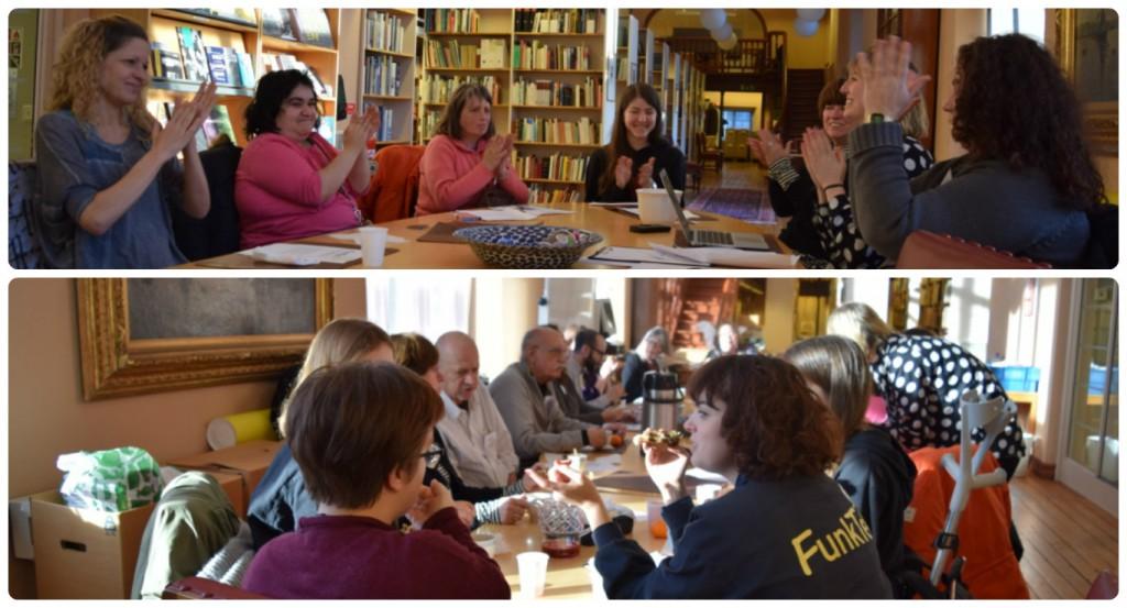 På bild ser man sex testpiloter och Lilian runt ett bord fyllt med anteckningsblock. Bakom dem finns mängder av böcker i bokhyllor. Alla ser glada ut och applåderar efter att workshopen är slut. Vi tackar för en givande eftermiddag. På bild två fikar vi i biblioteket på stadsmuseet. Det är 14 personer runt bordet vad jag kan se. Till vänster hänger en ca två meter bred tavla och längst bort ser man en trappa. Bilderna borde varit i omvänd ordning, men men :)
