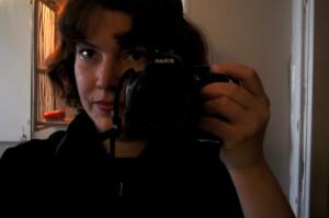 Ros-Marie Johansson bor på Guldheden. Hon är konstnärligt intresserad av allt ifrån foto till akvarellmålning. Hon har varit med Funktek i ca 2 år. Hennes funktionsvariation är ADD.